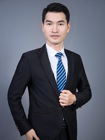 人在CBD 律师洪树涌的广州奋斗:他从越秀居民楼登上东塔